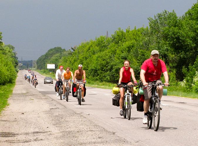 Группа велотуристов